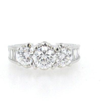 3 Round Stone Detailed Diamond Engagement Ring