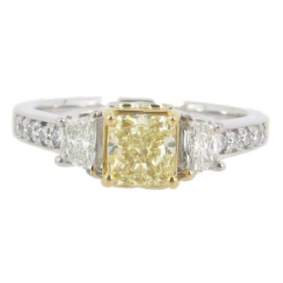 18kt White Gold Fancy Yellow Engagement Ring